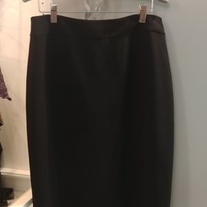 Ann Taylor skirt size 8 in EUC
